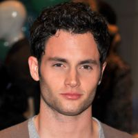 Penn Badgley : Dan de Gossip Girl s'est transformé, les photos chocs