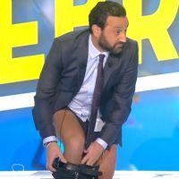 Cyril Hanouna se déshabille en direct dans TPMP et finit... en caleçon !
