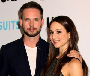 Troian Bellisario (Pretty Little Liars) et Patrick J. Adams (Suits) se sont mariés !