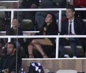 Cristiano Ronaldo et Georgina Rodriguez au stade Santiago à Madrid : entre eux, c'est visiblement du sérieux.