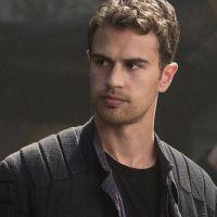 Divergente 4 : Theo James ne veut pas jouer dans le téléfilm
