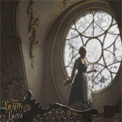 """La Belle et la Bête : Emma Watson chante """"Something There"""" et c'est parfait"""