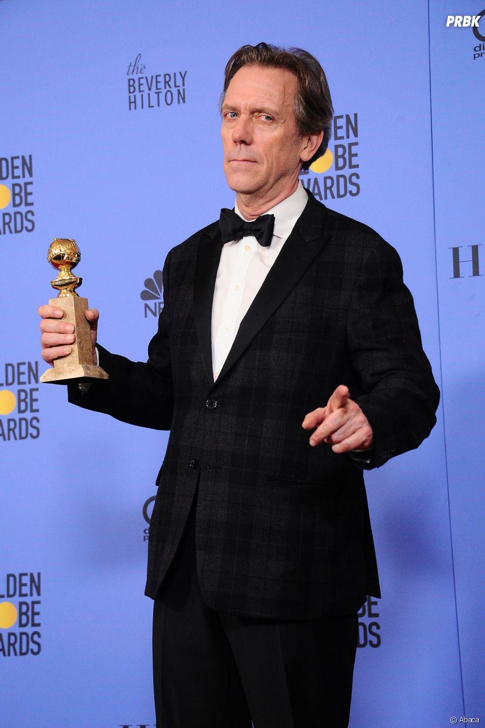Hugh Laurie gagnant aux Golden Globes 2017 le 8 janvier à Los Angeles
