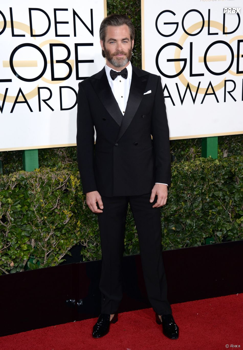 Chris Pine sur le tapis-rouge des Golden Globes 2017 le 8 janvier à Los Angeles