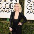 Kristen Bell sur le tapis-rouge des Golden Globes 2017 le 8 janvier à Los Angeles