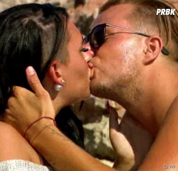 Vincent (Les Princes de l'amour 4) embrasse Hillary, Victoria fond en larmes