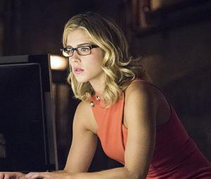 Arrow saison 5 : Felicity va sombrer et s'éloigner de la Team