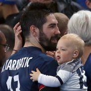 Nikola Karabatic papa poule avec son fils Alek : la star des Bleus va vous faire craquer