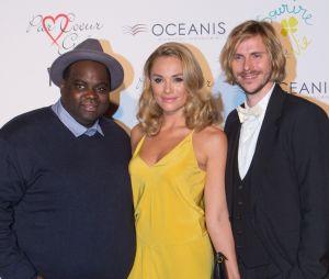 Jean-Baptiste Shelmerdine (Nos Chers Voisins) aux côtés d'Issa Doumbia et Joy Esther.