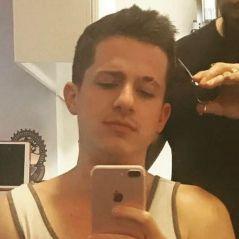 Charlie Puth change de tête avec une nouvelle coupe de cheveux : adieu les mèches !