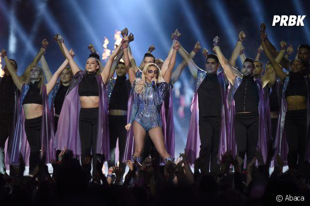Lady Gaga au Super Bowl 2017 : un show exceptionnel à revoir en vidéo !
