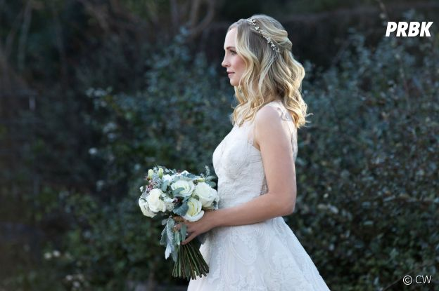 The Vampire Diaries saison 8, épisode 15 : Candice Accola (Caroline en robe de mariée)