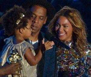 Beyoncé enceinte de jumeaux : voilà les théories sur ses bébés !