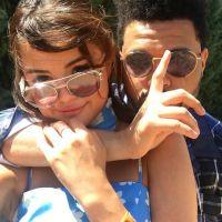 Selena Gomez et The Weeknd : amoureux et complices à Coachella 2017, ils postent un selfie