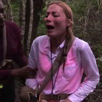 Jennyfer (The Island 3) : strip-tease en culotte rose dès son arrivée... à cause d'une araignée