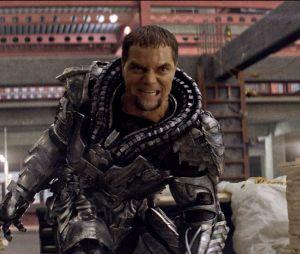 Supergirl saison 2 : le Général Zod au casting