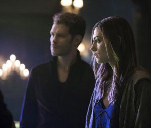 The Originals saison 4, épisode 8 : Hayley (Phoebe Tonkin) sur une photo