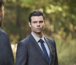 The Originals saison 4, épisode 8 : Elijah (Daniel Gillies) sur une photo