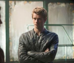 Luke Mitchell dans The Tomorrow People