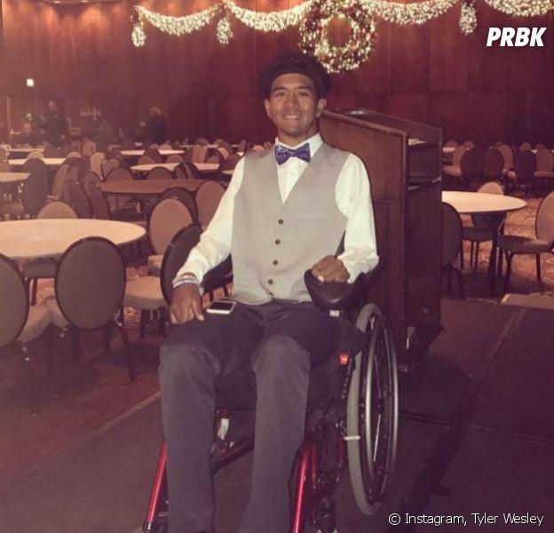 Tyler Wesley a reçu un mot de Kanye West et une paire de Yeezy Boost 350 V2 Cream White pour le féliciter pour son combat contre la paralysie