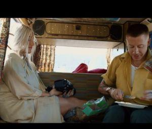 "Clip ""Good Old Days"" : Macklemore et Kesha en plein road trip"