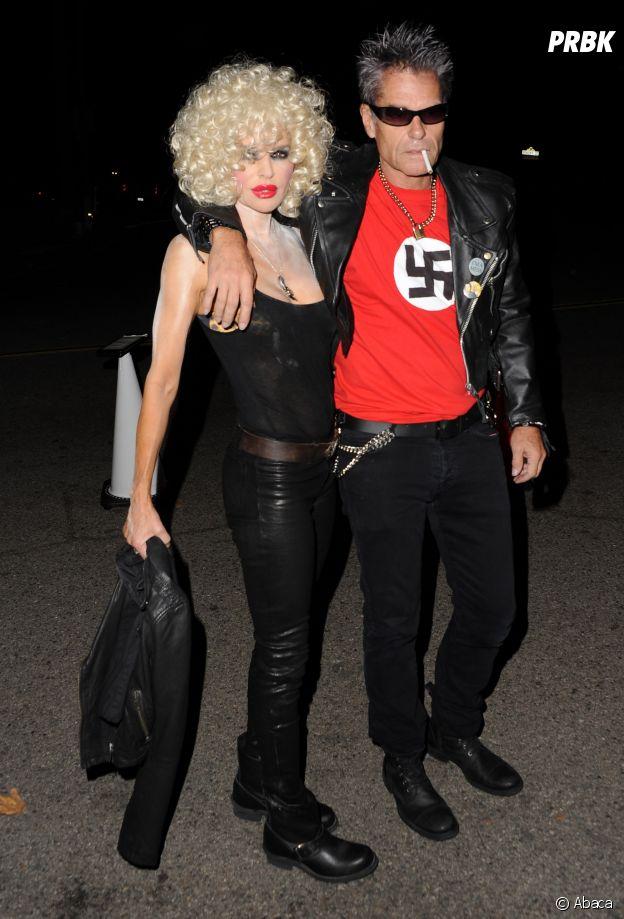 Harry Hamlin et Lisa Rinna déguisés en Sid Vicious des Sex Pistols et Nancy Spungen pour Halloween !