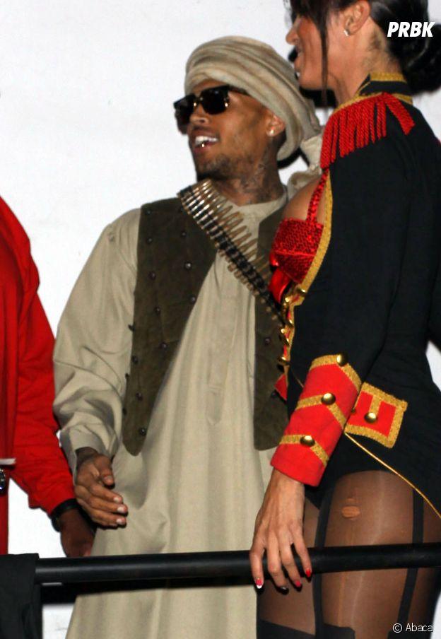 Chris Brown déguisé en taliban pour Halloween !