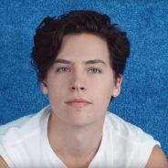 Cole Sprouse (Riverdale) devient égérie stylée de la campagne Forever Chuck de Converse