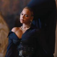 """Jay Z dévoile """"Family Feud"""" : le clip réunit Beyoncé, Blue Ivy et des stars d'Hollywood"""