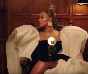 """Jay Z sort le clip de """"Family Feud"""" : Beyoncé et Blue Ivy apparaissent à ses côtés !"""