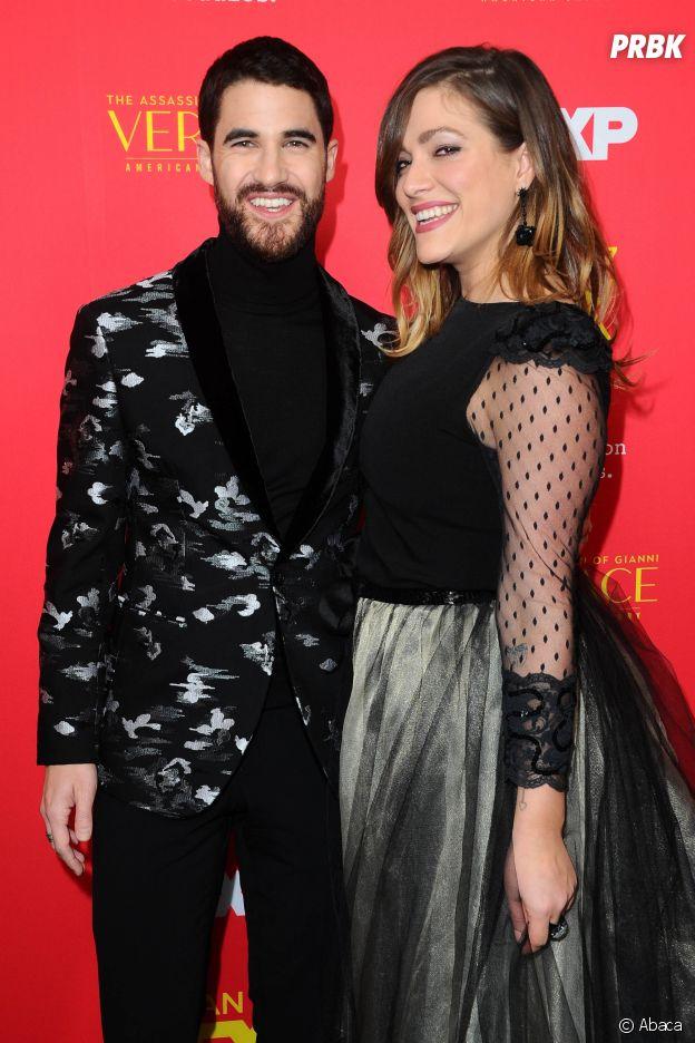 Darren Criss et sa petite amie Mia Swier à l'avant-première de The Assassination of Gianni Versace : American Crime Story le 8 janvier 2018
