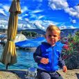 Benjamin Machet (Friends Trip 4) : son fils Tao prend la pose