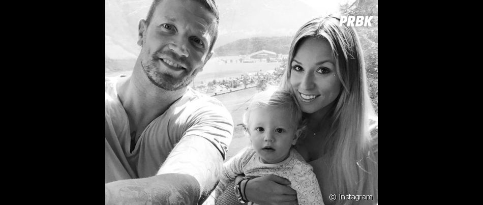 Benjamin Machet avec sa femme et son fils Tao