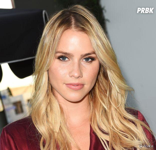 Claire Holt (The Vampire Diaries) annonce avoir été victime d'une fausse couche