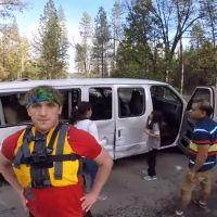 Logan Paul filme un accident de la route et se retrouve ENCORE au coeur d'une polémique