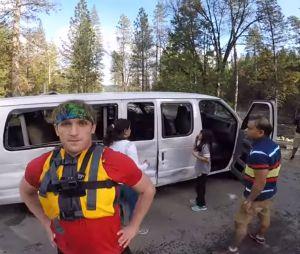 Logan Paul filme un accident de la route et se retrouve au coeur d'une nouvelle polémique