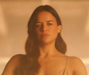 "Drake invite Michelle Rodriguez dans son clip ""Nice For What"""