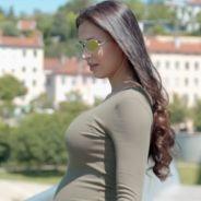 Julie Ricci enceinte de son premier enfant : elle annonce sa grossesse en vidéo 👶