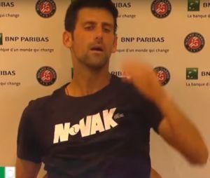 Roland-Garros 2018 : Novak Djokovic au plus mal après sa défaite, la vidéo malaisante