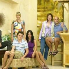 Cougar Town saison 2 ... Jennifer Aniston et Courteney Cox ensemble ( officiel )