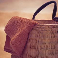 8 trucs à avoir dans son sac pour ne pas souffrir de la canicule