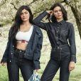 Kim Kardashian et ses soeurs en lingerie et en denim dans la nouvelle campagne Calvin Klein !