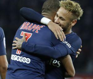 """Neymar félicite Kylian Mbappé : """"C'est un leader technique"""", """"un phénomène, un crack""""."""