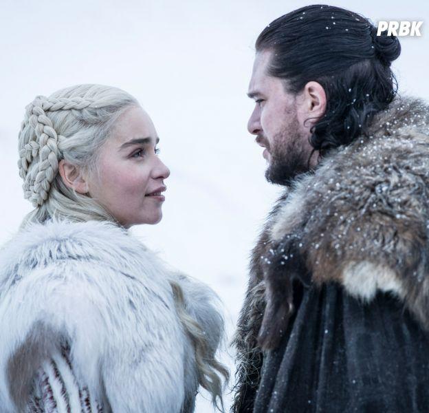 Game of Thrones saison 8 : les acteurs en costumes VS dans la vie