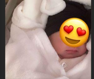 Anaïs Camizuli dévoile une première photo de sa fille