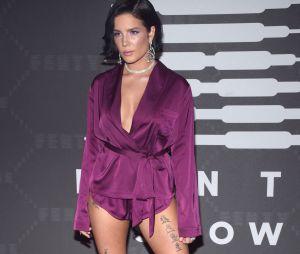 Halsey au défilé lingerie Savage x Fenty