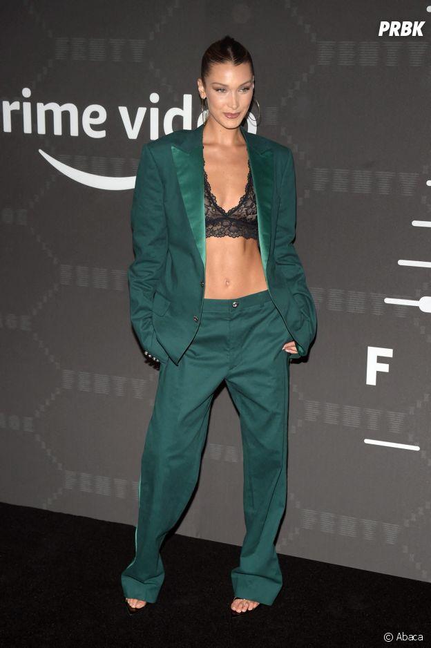 Bella Hadid au défilé lingerie Savage x Fenty