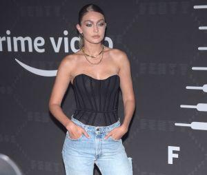 Gigi Hadid au défilé lingerie Savage x Fenty