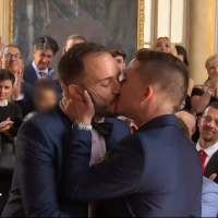 4 mariages pour une lune de miel : les internautes savourent le mariage d'Emmanuel et Kevin