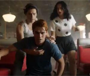 Riverdale saison 4, épisode 1 : la bande-annonce de l'hommage à Luke Perry